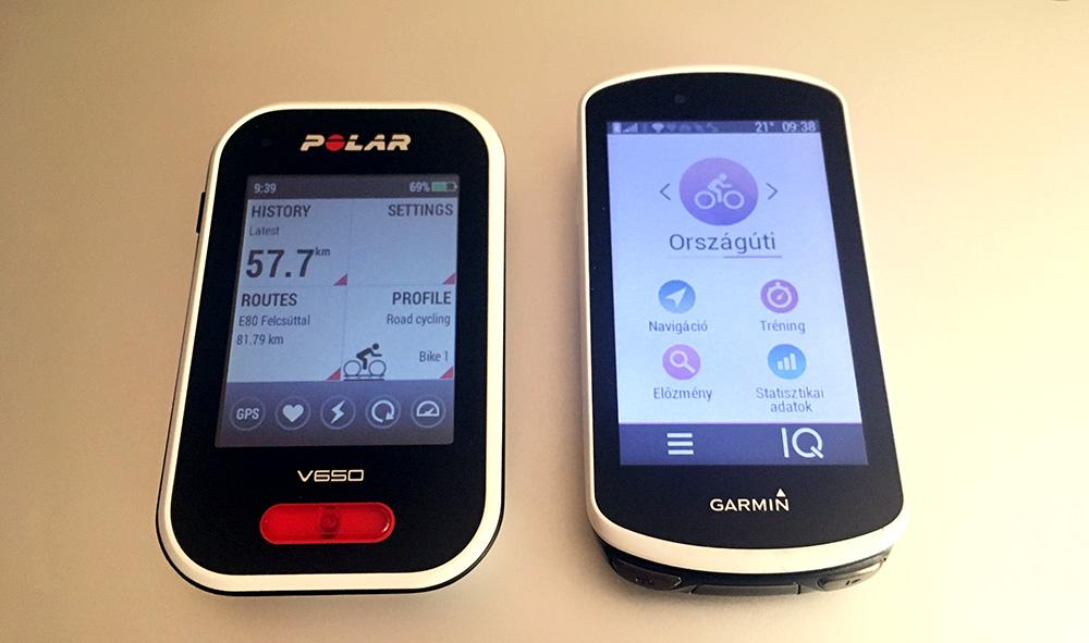 A Polar v650 és a Garmin Edge 1030 egymás mellett. A Garmin kecsesebb, látható a képernyőméret különbsége.