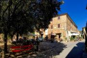 Bolgheri egy nagyon helyes, nagyon kicsi, hangulatos városka, ez a főtere.