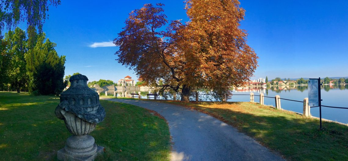 A tatai Öreg-tó és a vár