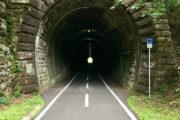 Már Pontebba előtt is vannak alagutak.