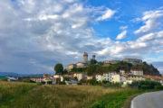 Lucca felé
